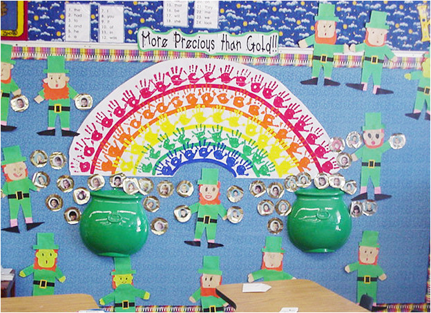 Helpful hints for making the large rainbow for a bulletin board. Ideas for