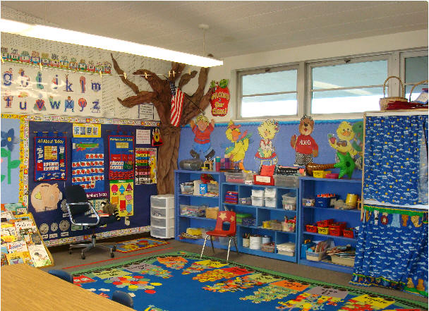 Kindergarten Classroom Decoration Pictures : In a child s world first day of kindergarten or pk ideas